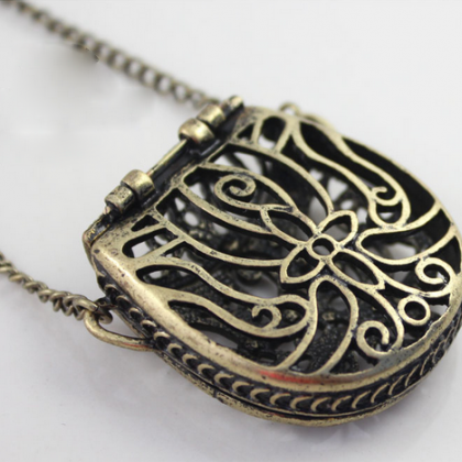 id necklace l purse j at jewelry pendant necklaces gold whimsical for sale enhancers diamond