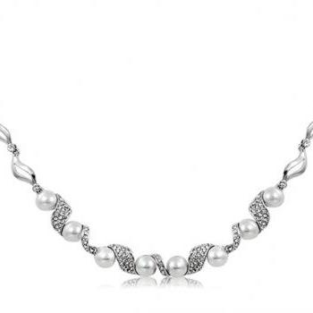 Rigant Crystal & Pearl Decorated Alloy Necklace (Silver)